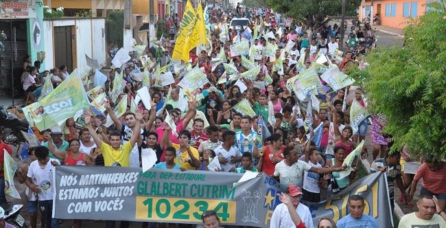 Glalbert Cutrim mostra força popular em Matinha