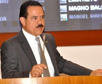 Deputado Raimundo Louro