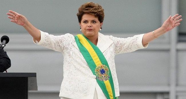 Dilma Rousseff é reeleita presidente do Brasil
