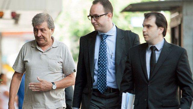 Acompanhado de seus advogados, Rafael Ângulo Lopez negocia um acordo de delação premiada com a Justiça