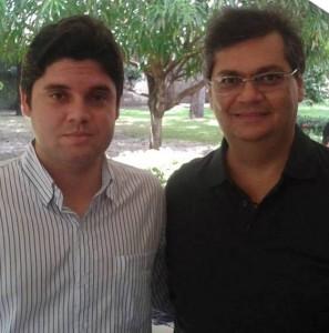 John Cutrim ao lado do chefe-governador Flávio Dino