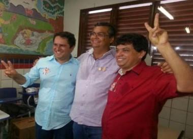 Prefeito Edivaldo Holanda Jr, ao lado do governador Flávio Dino e do secretário Márcio Jerry