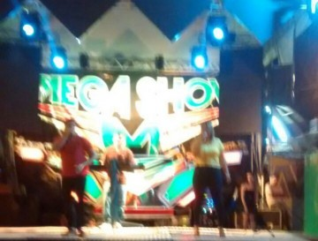 mega-show