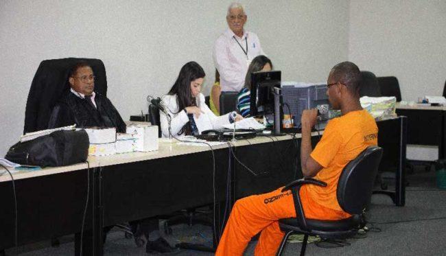 Marcos Bruno, o piloto da moto que concedeu fuga ao réu confesso do crime