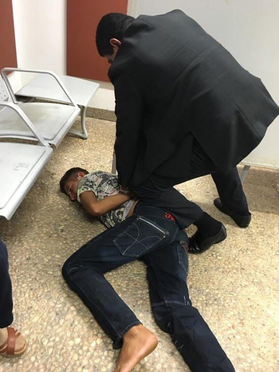 Homem mobilizado por segurança da Assembleia Legislativa