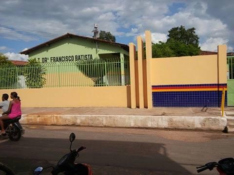 Escola Dr. Francisco Batista recebeu melhorias na gestão do prefeito Edésio