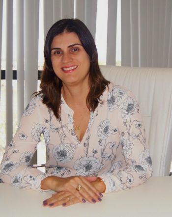 Secretária Lilian Régia Gonçalves Guimarães