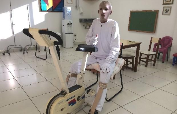 Márcio Rony durante tratamento em Hospital de Goiânia