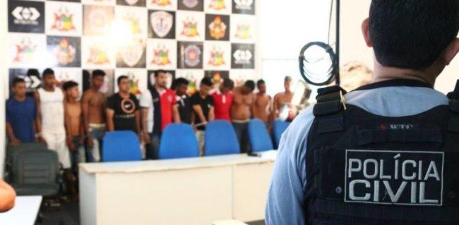 Criminosos apresentados na sede da Secretaria de Segurança Pública do Maranhão