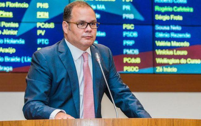 Deputado Rogério Cafeteira (PSB), líder do governo