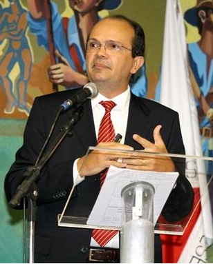 Presidente do TCE-MA, Caldas Furtado
