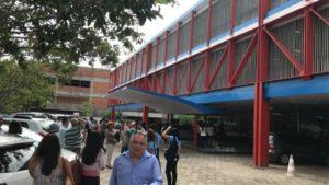 Funcionários do TCU foram uns dos que mais sentiram os tremores  e deixam o prédio assustados