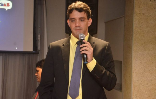 Presidente da OAB-MA, Thiago Diaz