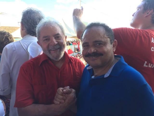Ex-presidente Lula ao lado do deputado federal Waldir Maranhão