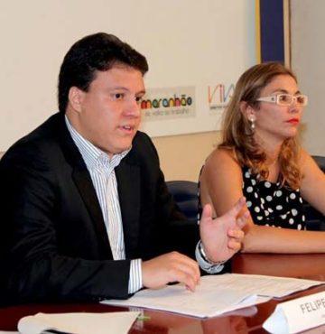 Felipe Camarão ao lado da ex-chefe Luíza Oliveira (secretária de Direitos Humanos do governo Roseana)