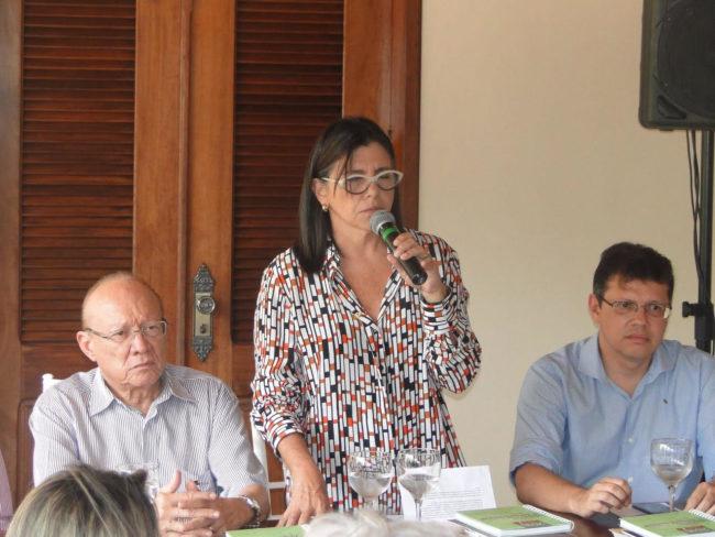 Roseana Sarney ao lado do senador João Alberto e o filho deputado João Marcelo
