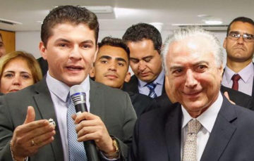 Assis Filho ao lado do presidente Temer