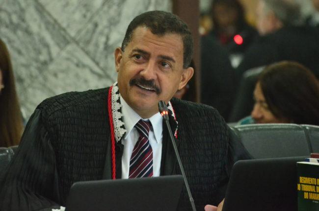 Resultado de imagem para desembargador José Joaquim Figueiredo dos Anjos