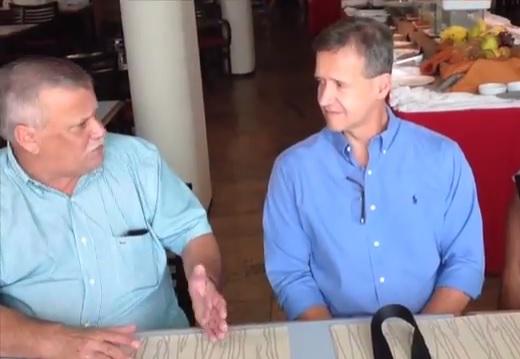 Antonio Aragão do IDAC e Aluísio Mendes em reunião