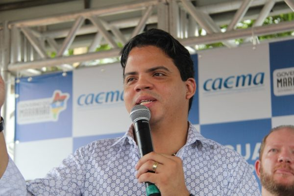 Prefeito Luciano Genésio