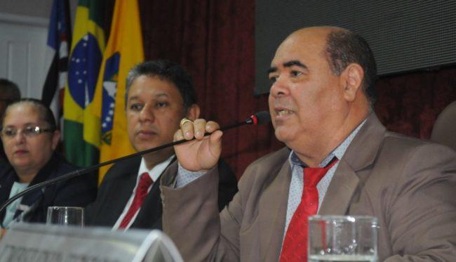 Astro de Ogum presidindo a sessão da Câmara de São Luís-MA