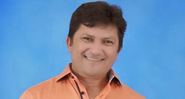 Prefeito Orias Oliveira