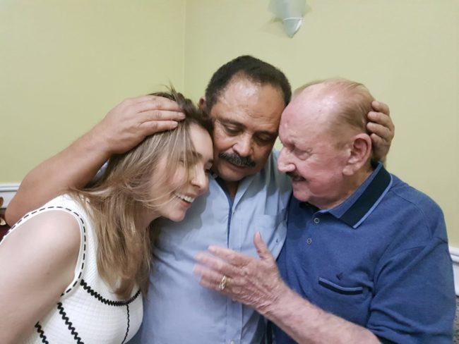 Patricia Vieira, Waldir Maranhão e Zé Vieira em demonstração de carinho