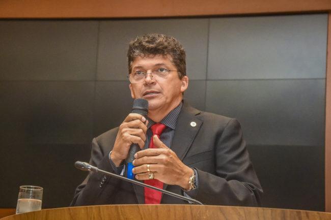 Suplente de deputado Marcos Caldas