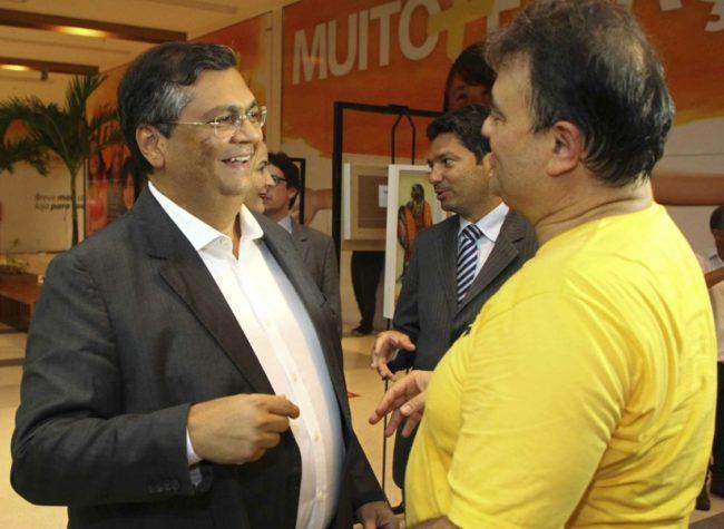 Flávio Dino em bate-papo descontraído com o amigo de magistratura Ney Bello