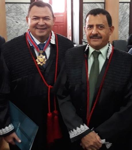 Desembargador José Jorge Figueiredo dos Anjos e o irmão presidente do TJ, José Joaquim Figueiredo dos Anjos