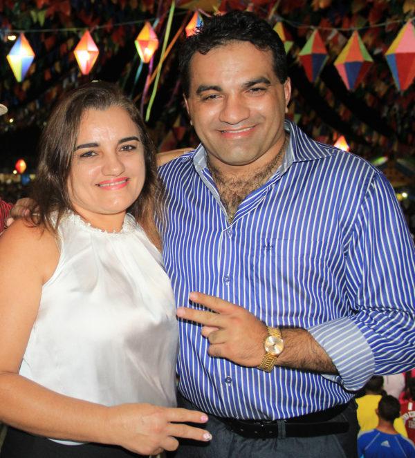 Josinha Cunha e o irmão e deputado Josimar de Maranhãozinho