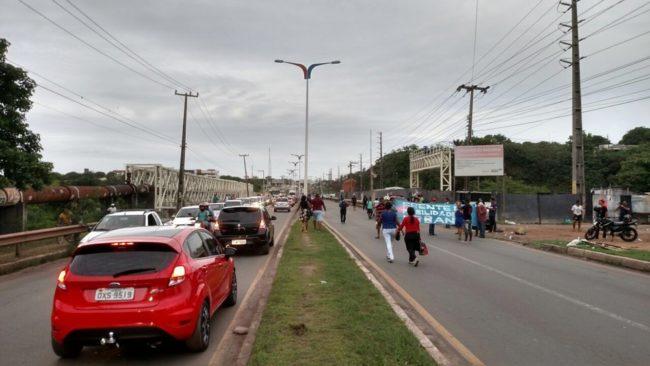 Moradores da área Itaqui Bacanga realizam protesto em São Luís