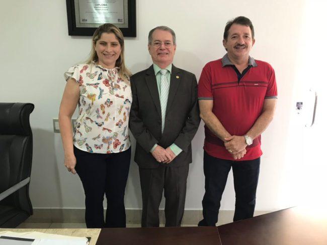 Ex-prefeita Danúbia, deputado Levi Pontes e o prefeito Magno Bacelar