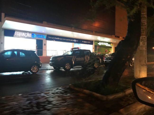 Polícia no local onde Mariano se suicidou