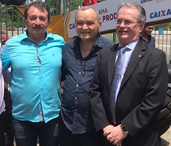 Prefeito Magno Bacelar e os deputados Paulo Neto e Levi Pontes