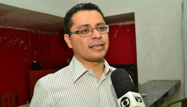 Secretário de Saúde, Carlos Lula