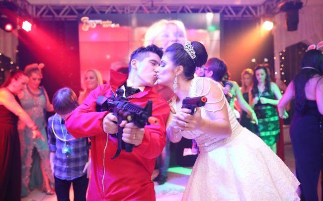 Para o casal, cena foi um sonho realizado, que animou os convidados