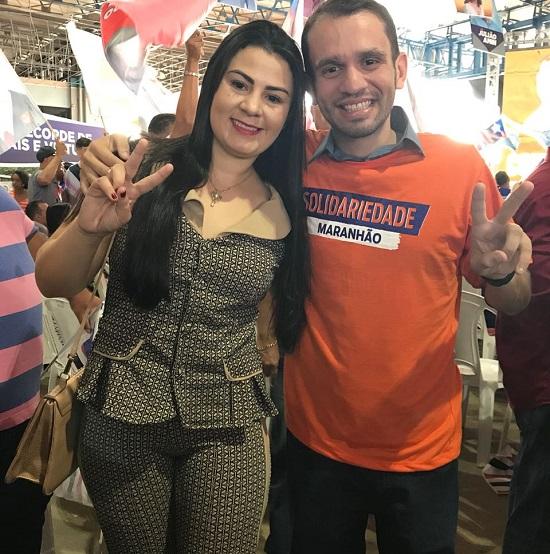 Fernando Pessoa ao lado da sua esposa