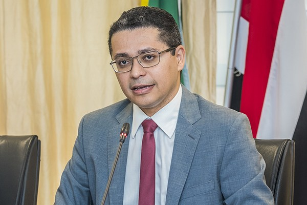 Secretário Carlos Lula