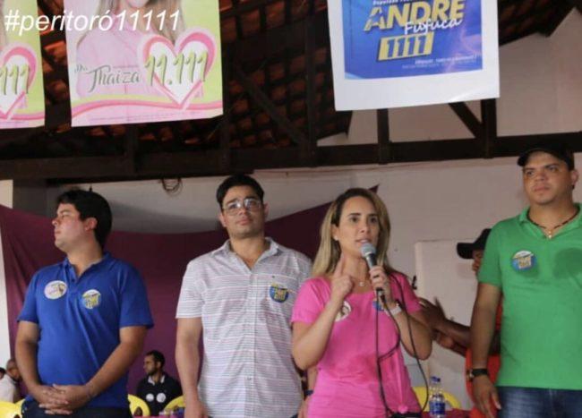 André Fufuca, Dr. Júnior e Thaiza Hortegal ao lado do maridinho Luciano