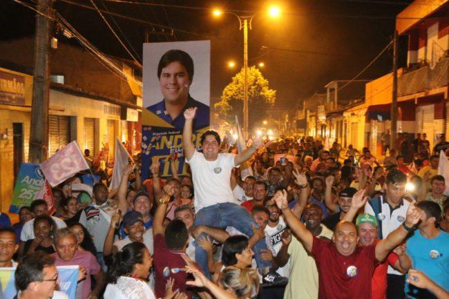 André Fufuca nos braços do povo