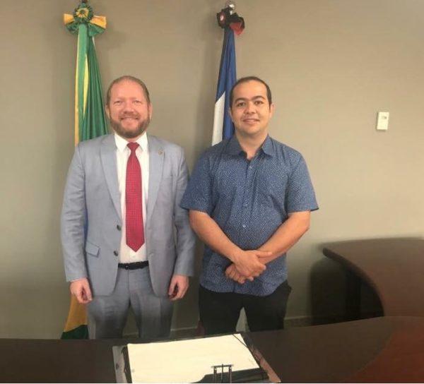 Othelino Neto e Rildo Amaral em reunião na presidência da Assembleia do Maranhão