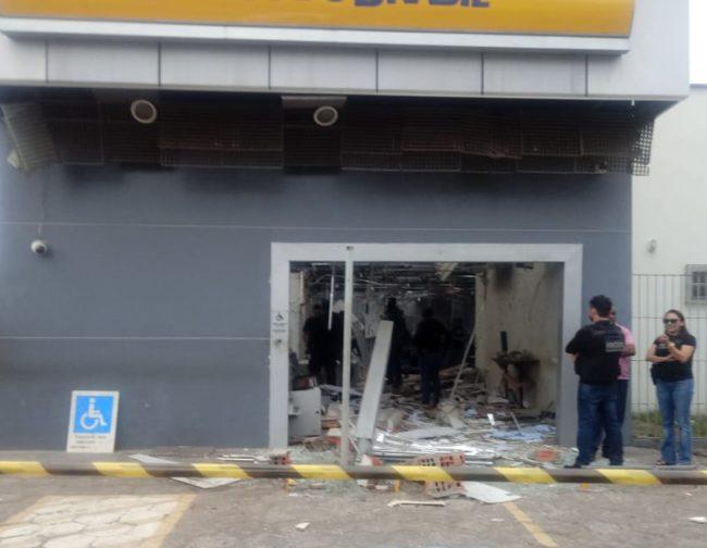Agência do Banco do Brasil atacada por bandidos em Humberto de Campos