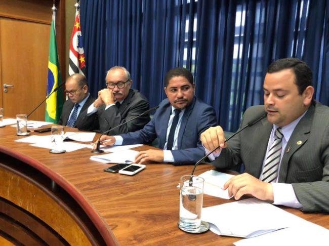 Deputados maranhenses Rogério Cafeteira (DEM), relator; César Pires (PV); Zé Inácio (PT), presidente da CPI, e Vinicius Louro (PR)