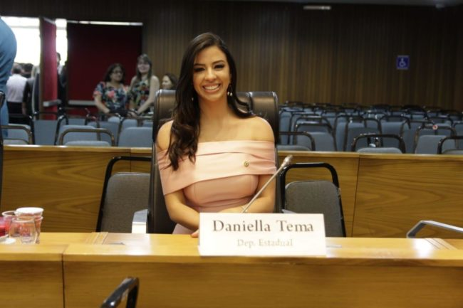 Deputada Daniella Tema