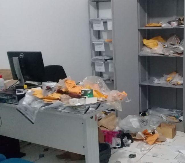 Delegacia de Porto Franco amanheceu com várias pastas reviradas