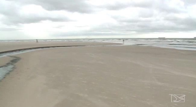 21 pontos das praias de São Luís estão impróprios para banho