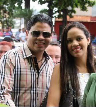 Luciano Genésio e a irmã Karla Lucyana