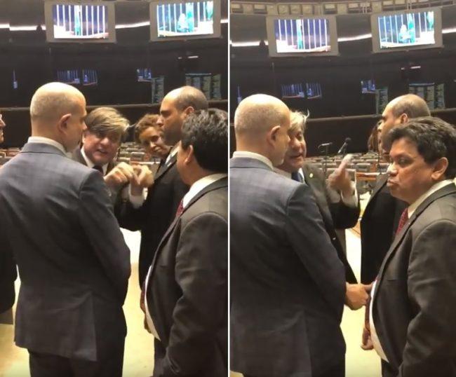 Deputado Boca Aberta intimida Márcio Jerry no plenário da Câmara
