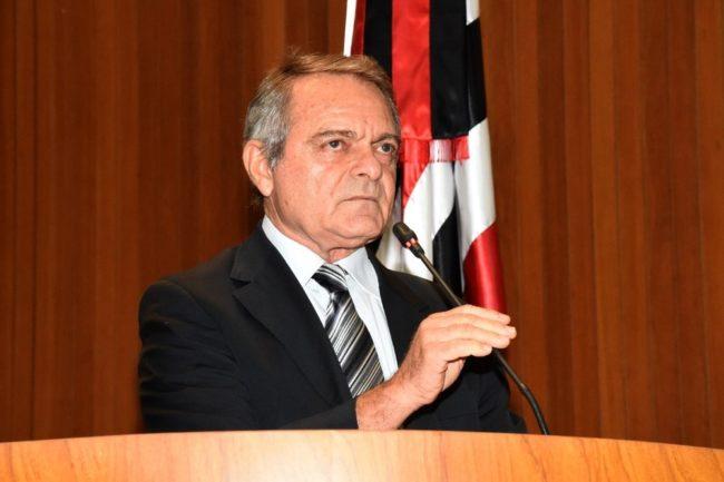 Deputado Hélio Soares na tribuna da Assembleia Legislativa do Maranhão (Alema)